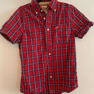 Hollister Red and Blue plaid short sleeve shirt S